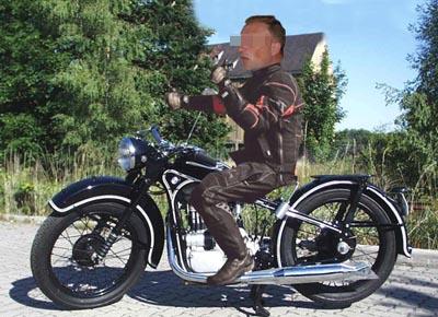 Master of Clubs Motorrad